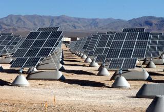 800px-Nellis_AFB_Solar_panels