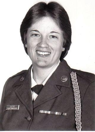 Alice Military Picture (2)